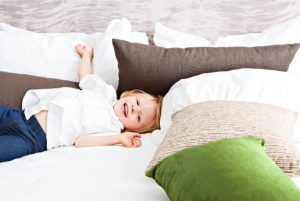Ways to Get Your Toddler from Crib to Bed
